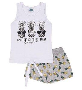 Conjunto Shorts e Blusa nas cores branco e cinza mescla