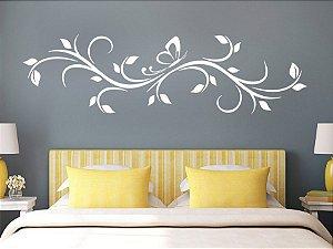 Adesivo de parede - Ornamento com Borboleta