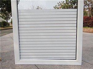 Adesivo decorativo jateado para vidros - faixas largas intercaladas 100x100cm (últimas 5 unidades)