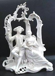 Grupo Escultórico Em Porcelana Alemã TC Coroado Numerado