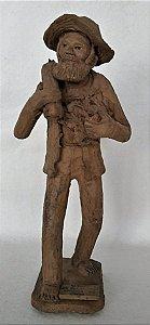 Zé do Carmo - Escultura de Barro, Figura de Homem Caminhando