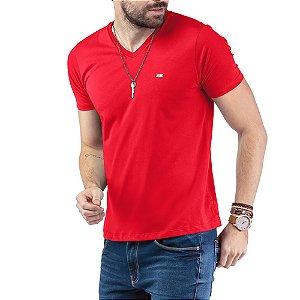 """Camiseta Decote """"V"""" TZE Vermelha"""