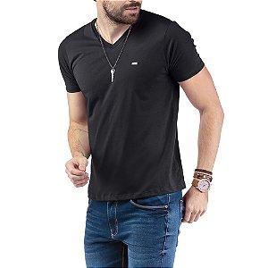 """Camiseta Decote """"V"""" TZE Preta"""