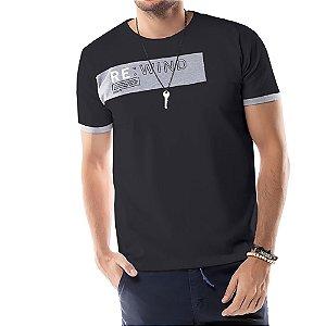 Camiseta Recorte REWIND TZE Preta