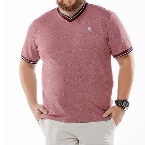 """Camiseta Retilínea Decote """"V"""" Plus TZE Vermelha"""