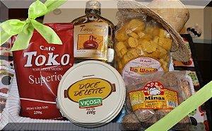 Doce de leite Viçosa, e mais 4  produtos típicos de Minas. Linda caixinha . E mais um brinde