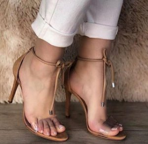 Sandália Salto Fino Gisele
