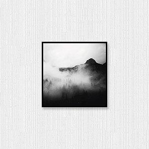 Quadro Decorativo Montanhas Sob Neblina