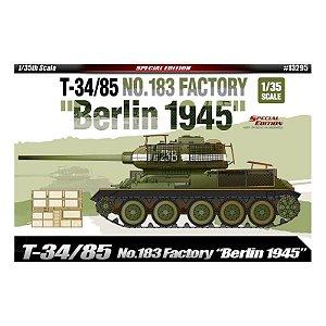 "Academy - T-34/85 No.183 Factory ""Berlin 1945"" - 1/35"