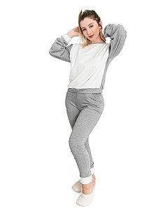 Conjunto Moletom Cinza feminino Comfy Detalhe em Plush Off White