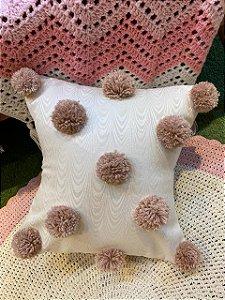 Capa de almofada com pompom