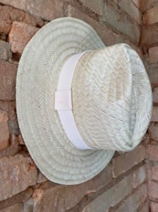 Chapéu Panamá com detalhe Cru