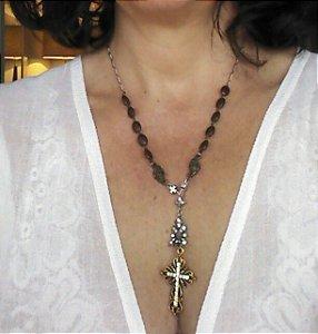 Coleção Carola - Colar Cruz Dourada