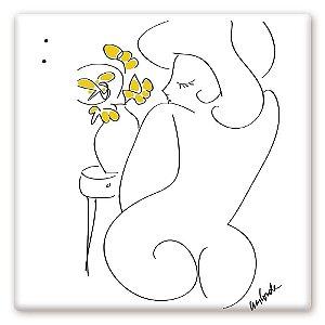 Mulher e Flores Amarelas