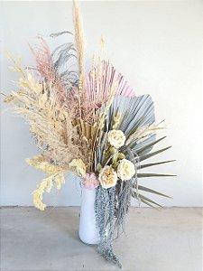 Arranjo seco design permanente em vaso branco