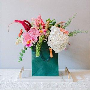 Arranjo de flores Love in the Bag