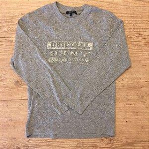DKNY camiseta cinza 8 anos
