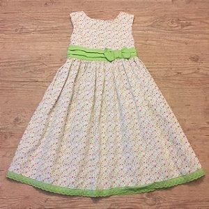LAURA ASHLEY vestido florido com cinto verde 5 anos