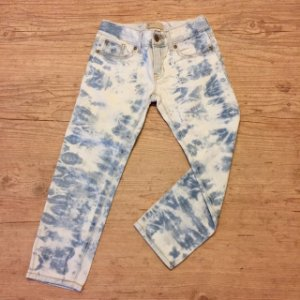 GAP KIDS calça jeans manchada 6 anos