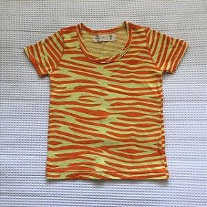 FABULA camiseta amarela e laranja 2 anos