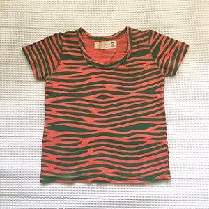 FABULA camiseta verde e rosa 2 anos