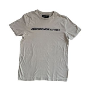 ABERCROMBIE camiseta bege nome marinho S 13-14 anos