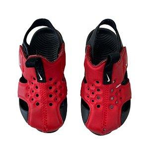NIKE sandália preta e vermelha USA 6 BRA 21