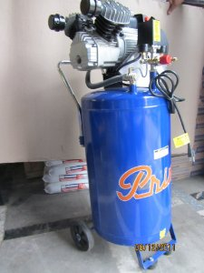 Compressor de ar 15 pcm vertical 3 HP 80 lt