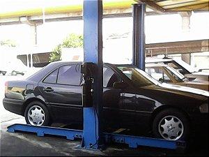 Elevador Automotivo para Troca de Óleo