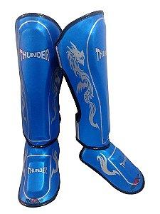 Caneleira Muay Thai MMA Dragão Azul Claro Médio 30mm Thunder Fight
