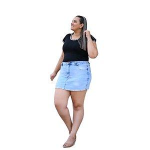 Shorts Saia Plus Size Jeans com Barra Desfiada