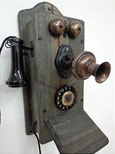 Telefone de parede modelo Retrô com campainha Trim Trim