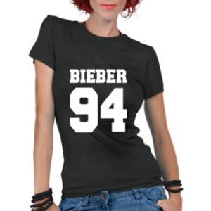 Camiseta Feminina Justin Bieber Colegial 94 - Personalizadas/ Customizadas/ Estampadas/ Camiseteria/ Estamparia/ Estampar/ Personalizar/ Customizar/ Criar/ Camisa Blusas Baratas Modelos Legais Loja Online