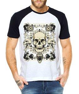 Camiseta Raglan Guns Caveiras Malígnas - Personalizadas/ Customizadas/ Estampadas/ Camiseteria/ Estamparia/ Estampar/ Personalizar/ Customizar/ Criar/ Camisa Blusas Baratas Modelos Legais Loja Online