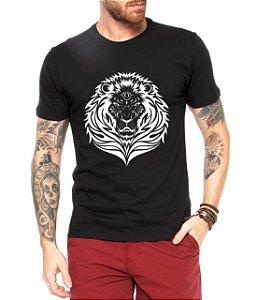 Camiseta Masculina Leão Tattoo - Personalizadas/ Customizadas/ Estampadas/ Camiseteria/ Estamparia/ Estampar/ Personalizar/ Customizar/ Criar/ Camisa Blusas Baratas Modelos Legais Loja Online