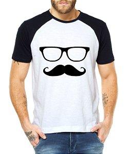 Camiseta Mustache Engraçadas Divertidas Raglan Masculina - Personalizadas/ Customizadas/ Estampadas/ Camiseteria/ Estamparia/ Estampar/ Personalizar/ Customizar/ Criar/ Camisa Blusas Baratas Modelos Legais Loja Online