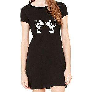 Vestido Curto da Moda Feminino Mickey e Minnie Beijinho - Simples para o Dia a Dia Básico de Malha Estampado Modelos Lindos e Baratos em Preto e Cinza Verão Comprar Loja Online Site Promoção Vestidos Casuais