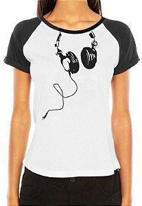 Camiseta Feminina Fones Nerd Geek Engraçadas Divertidas Musica - Personalizadas/ Customizadas/ Estampadas/ Camiseteria/ Estamparia/ Estampar/ Personalizar/ Customizar/ Criar/ Camisa Blusas Baratas Modelos Legais Loja Online