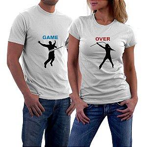 Camiseta Casal Game Over Laçando Amor Love Namorados - Personalizadas/ Customizadas/ Estampadas/ Camiseteria/ Estamparia/ Estampar/ Personalizar/ Customizar/ Criar/ Camisa Blusas Baratas Modelos Legais Loja Online