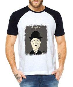 Camiseta Raglan Masculina Charlie Chaplin - Personalizadas/ Customizadas/ Estampadas/ Camiseteria/ Estamparia/ Estampar/ Personalizar/ Customizar/ Criar/ Camisa Blusas Baratas Modelos Legais Loja Online