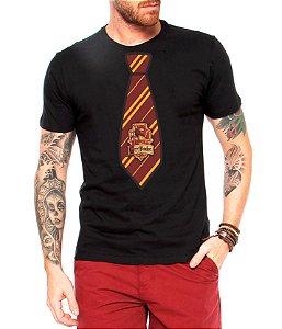 Camiseta Masculina Harry Potter Uniforme Grifinória - Personalizadas/ Customizadas/ Estampadas/ Camiseteria/ Estamparia/ Estampar/ Personalizar/ Customizar/ Criar/ Camisa Blusas Baratas Modelos Legais Loja Online