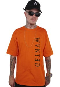 Camiseta Wanted - Logo Vertical