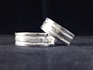 dce1cc034 Aliança em prata 950 com dois frisos grossos e diamantados (und)