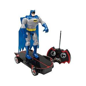 Boneco Articulado Batman Skatista Com Controle Candide
