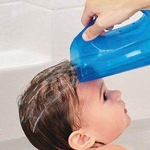 Caneca Macia para banho, da Munchkin, AZUL