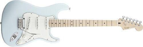 Guitarra Fender Squier Deluxe Strat Maple