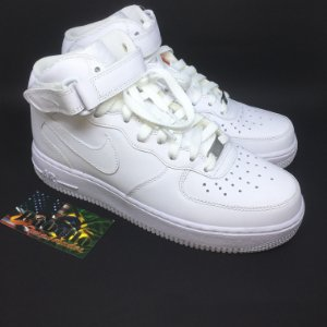 Tênis Nike Air Force 1 '07 Mid - Branco