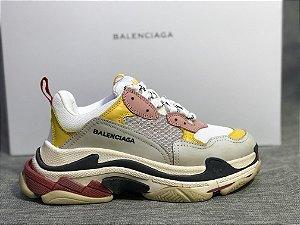 "Tênis Balenciaga Triple S ""Yellow"" - ENCOMENDA"