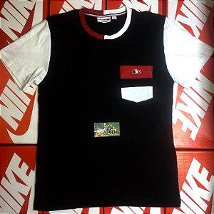 """Camiseta Lacoste Logo """"France"""" - Preto/Vermelho"""