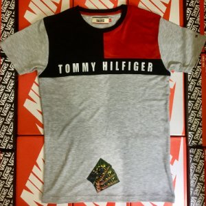 Camiseta Tommy Hilfiger Sport - Cinza